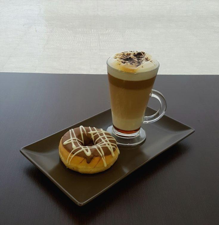 Empezamos mezclando #sabores, #Tuplyn #Capuchino y #Café #Latte #Chocolate.