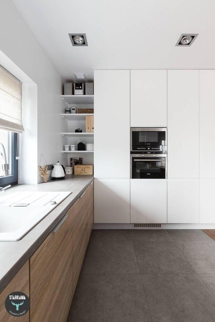 Wie kann ich eine schmale Küche einrichten?