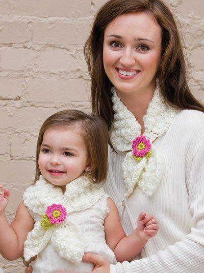 Free Mom & Me Lotus Scarf Crochet Pattern
