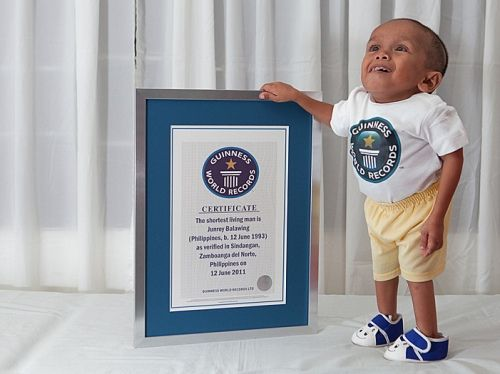 junrey balawing the worlds new shortest man alive the