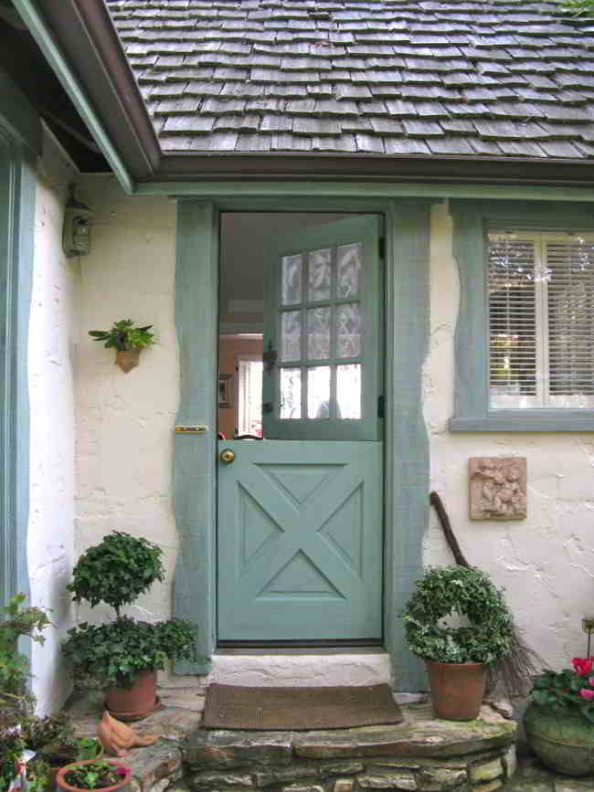 15 best front door images on pinterest cottage front for Cottage style front doors
