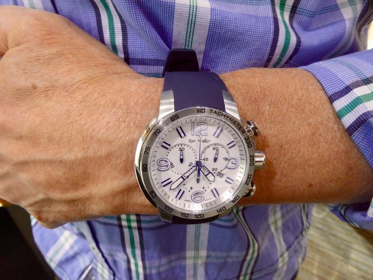 Handsome chronograph for all his timekeeping needs.  Quartz movement.