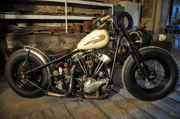 Knucklehead engine_bobber