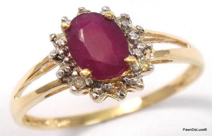 Catawiki Online-Auktionshaus: Goldring, besetzt mit 1 Rubin von 0,5 ct aus Sri Lanka und 6 Diamanten, 0,38 ct