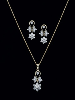 34 best diamond pendant sets images on pinterest diamond pendant make your day blossom with these beautiful diamond flowers in pendant set every chicks choice aloadofball Image collections