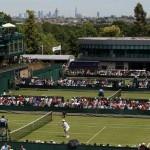 Roger Federer backs Andy Murray to reach Wimbledon semi-finals