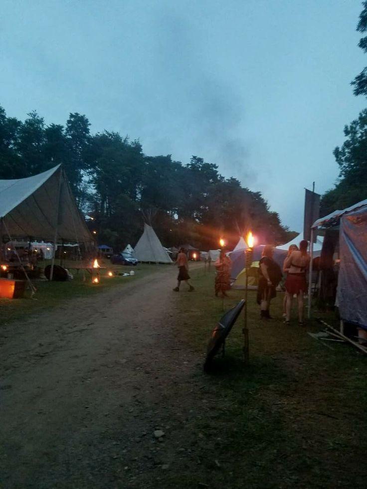 244 best Pennsic World images on Pinterest | Viking camp, Bonfire ...