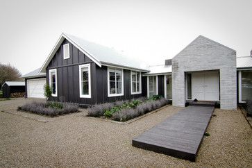 Gow House - farmhouse - Exterior - Other Metro - Turner Road Architecture LOVE INSIDE