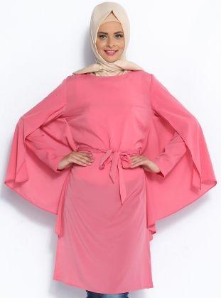 Pelerin Görünümlü Tunik - Pembe - Topless Pelerin Görünümlü Tunik Modelleri  http://www.tesetturone.com/urun-kategori/tunik/ #tesettur #hijab #giyim #moda #kadın #tesettürgiyim