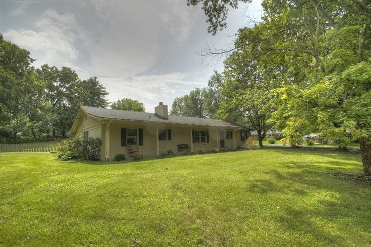 208 Hampton Ave, Winchester, KY 40391 | Zillow