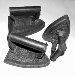 Oude strijkijzers 1940's & 50's