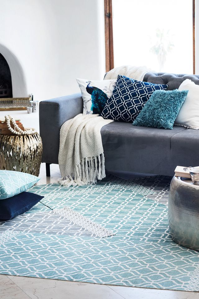 From sumptous colours to new motifs and prints, bring spring trends to your space with new. | H&M Home