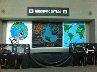 vbs outer space decorations - Google Search this would be ...