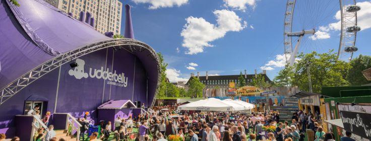 Du 9 avril au 19 juillet, allez faire un tour au Southbank Centre's Udderbelly Festival ! Ce festival original se situe sous une vache violette géante, à ne manquer sous aucun prétexte !  Avec un programme bien rempli de comédies, de cirque et des spectacles familiaux, et l'un des plus grands bars en plein air dans le centre de Londres, vous êtes assuré de passer un excellent moment entouré de vos amis et/ou votre famille.