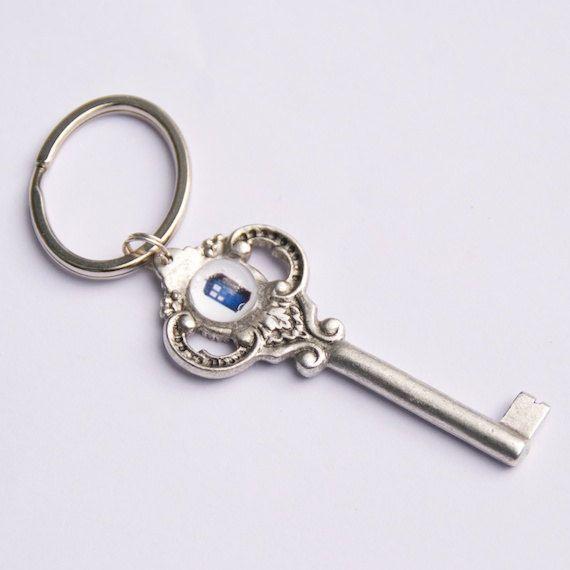 TARDIS Keychain