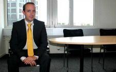 Stephan Wirz von der Maklerzentrum Schweiz AG beantwortet Fragen zum anstehenden Krankenkassenwechsel