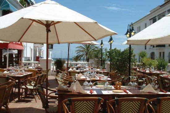La Traviata restaurant in Puerto de la Duquesa..... where we plan to meet our guests the night before the wedding for a relaxed informal meal!
