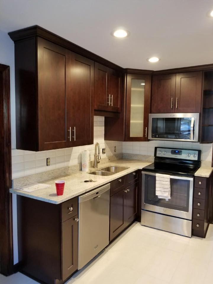 Best Chestnut Brown Shaker Cabinet And Crema Cashmere Granite 640 x 480