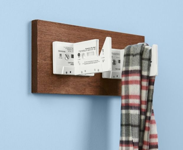 64 best upcycling cassettes and vhs images on pinterest recycling upcycle and vhs tapes. Black Bedroom Furniture Sets. Home Design Ideas