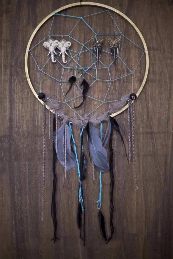 DIY Dream Catcher Jewellery Hanger-Amazing DIY Dream Catcher Ideas