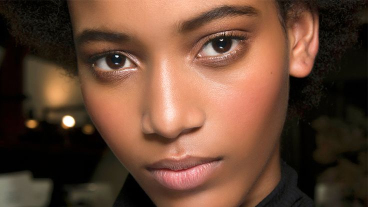 The 8 Best Makeup Priming Sprays That Won't Leave Your Face an Oily Mess
