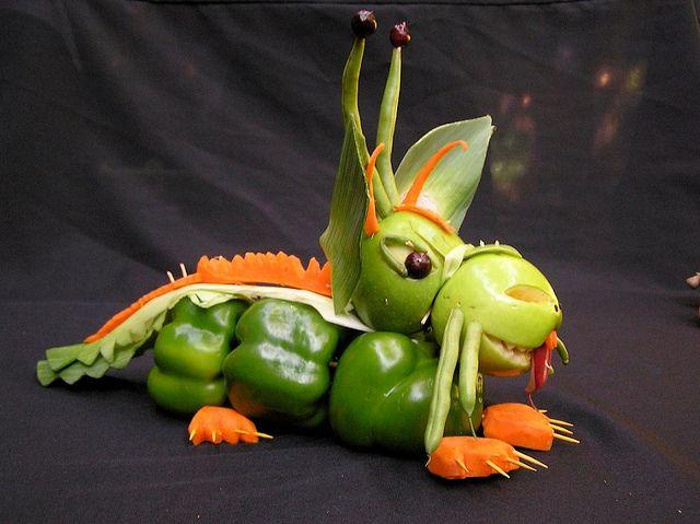 Vegetable Sculpture: Dragon  Kitchen Window - Knife Fest 2008.  www.kitchenwindow.com