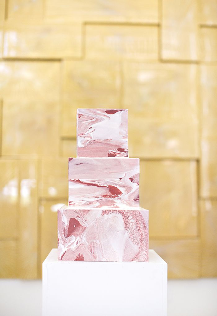 pink marbled square cake | Breathtaking Modern White Art Museum Inspiration Session | Images by Djamel Photography