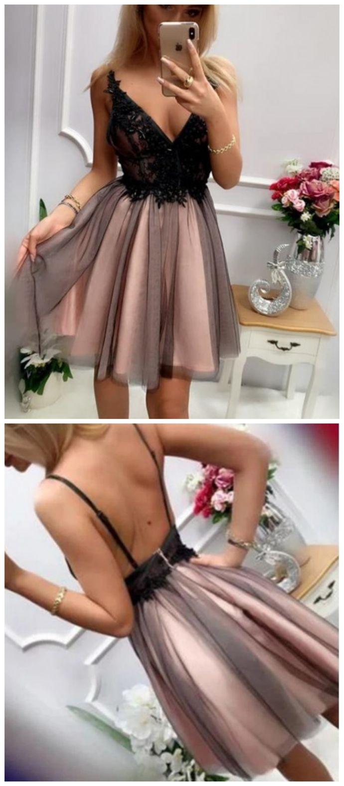 Zarte V-Ausschnitt ärmellose rückenfreie kurze Prom Homecoming Kleid mit Applikationen, …   – Moda de ropa