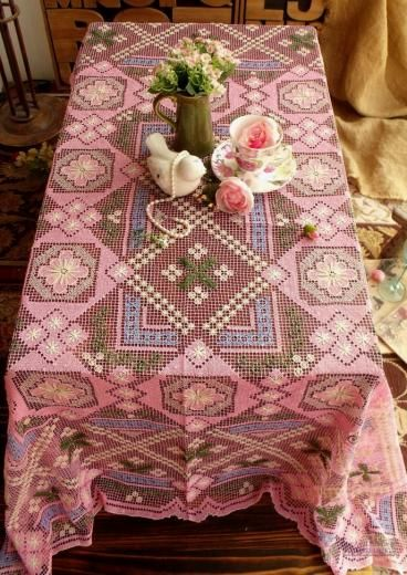 SHABBY PINK vintage Tablecloth HAND Filet Net Lace - Raised Flower ANTIQUE 50x60""