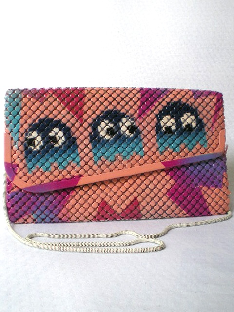 SOTOGHETTOPURSE - Soto Smith up-cycling glo-mesh purses ARE PURE AWESOME.