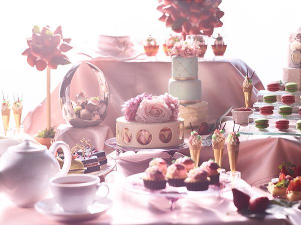 まるで夢の中にいるみたい♡コンラッド東京の週末限定「オトナ苺ブッフェ」が魅力的 - Yahoo! BEAUTY