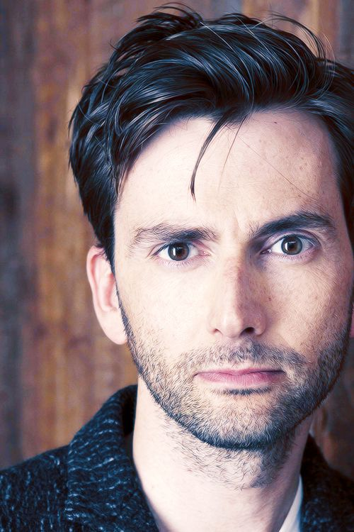 David Tennant....again with the big brown eyes....the Doctor is in