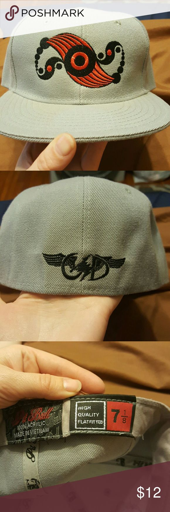 Flat brim fitted hat GSD Grateful Dead Purchased online but it is too small. Brand new, never worn. Smoke and pet-free home. GSD Accessories Hats