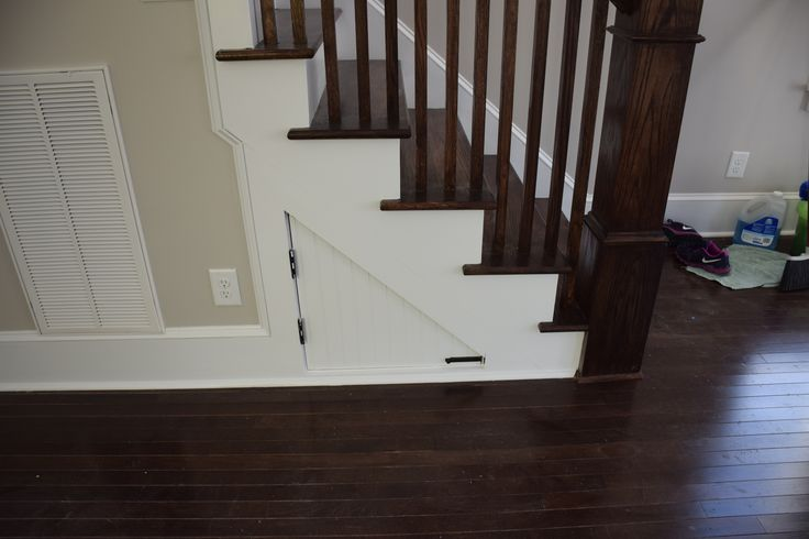 Best Dark Stained Newell Post Pickets And Rail Stair Treads 640 x 480