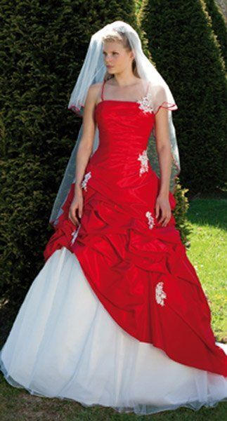 17 Best images about robe de mariée celtique on Pinterest  Around ...