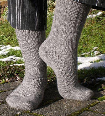 3 Favorite Summer Knitting Pattern Maeva Sock Knitty Winter 2011