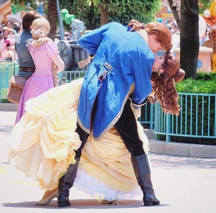 Disney Cosplay, Disneyland Face
