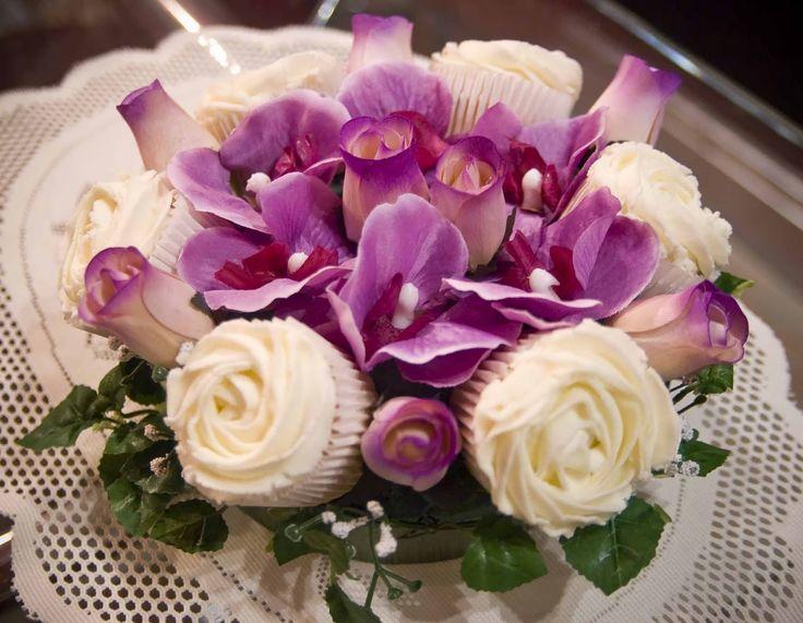 192 Best Fl Bouquets Centerpieces Images On Pinterest Flower Arrangements Wedding Inspiration And