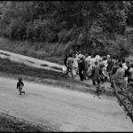 Lendemain de noces à Saint-Martin-sur-Oust (56) en 1979  http://www.letelegramme.fr/bretagne/un-jour-une-photo-la-bretagne-des-annees-60-a-80-vue-par-guy-le-querrec-20-12-2016-11338019.phppic.twitter.com/Vikk5HaE09