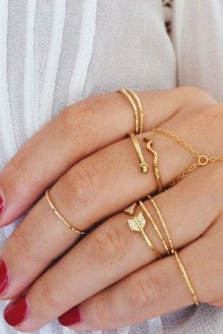 Gold Simple Hammered Knuckle Ring