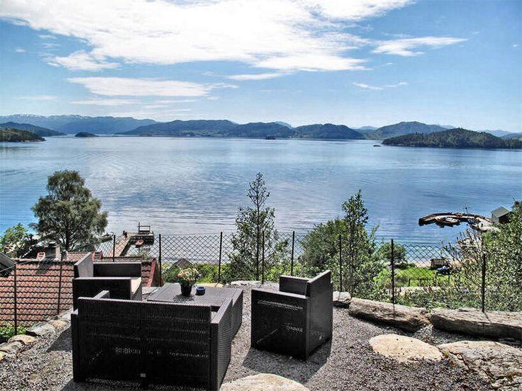 die besten 25 ferienhaus norwegen ideen auf pinterest schweden ferienh user ferien in. Black Bedroom Furniture Sets. Home Design Ideas