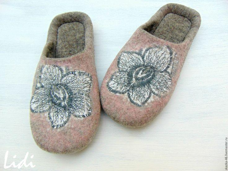 Купить Валяные тапочки Каменный цветок, шерстяные тапки - комбинированный, розовый цвет, серый жемчуг