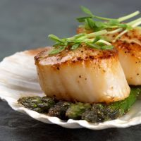 Sauteed Scallops and Asparagus
