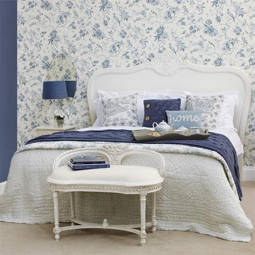Lovely Calm Guest Bedroom Design and Furniture with Blue Decorating
