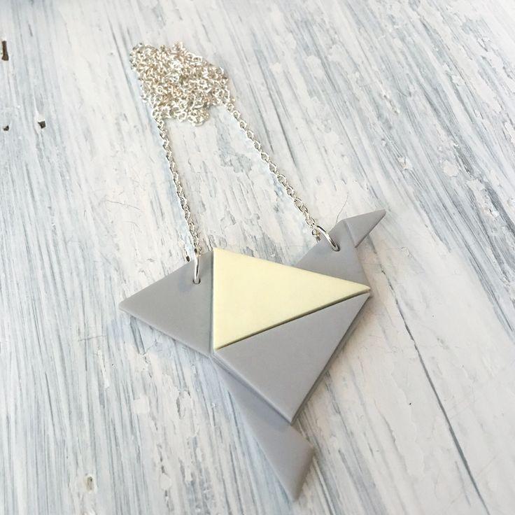 Origami bird necklace  Origami lintu- kaulakoru väri harmaa/keltainen made by CherryAnn Suomalaista käsityötä/ Made in Finland www.madebycherryann.com Instagram @madebycherryann Facebook Made by CherryAnn