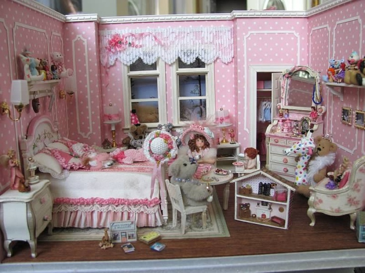 Miniatures by Sandra This is like what I want to do for a room in my future dollhouse z:)