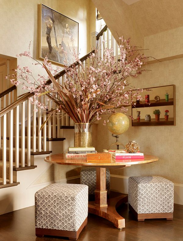 Foyer Table Set : Best ideas about round foyer table on pinterest