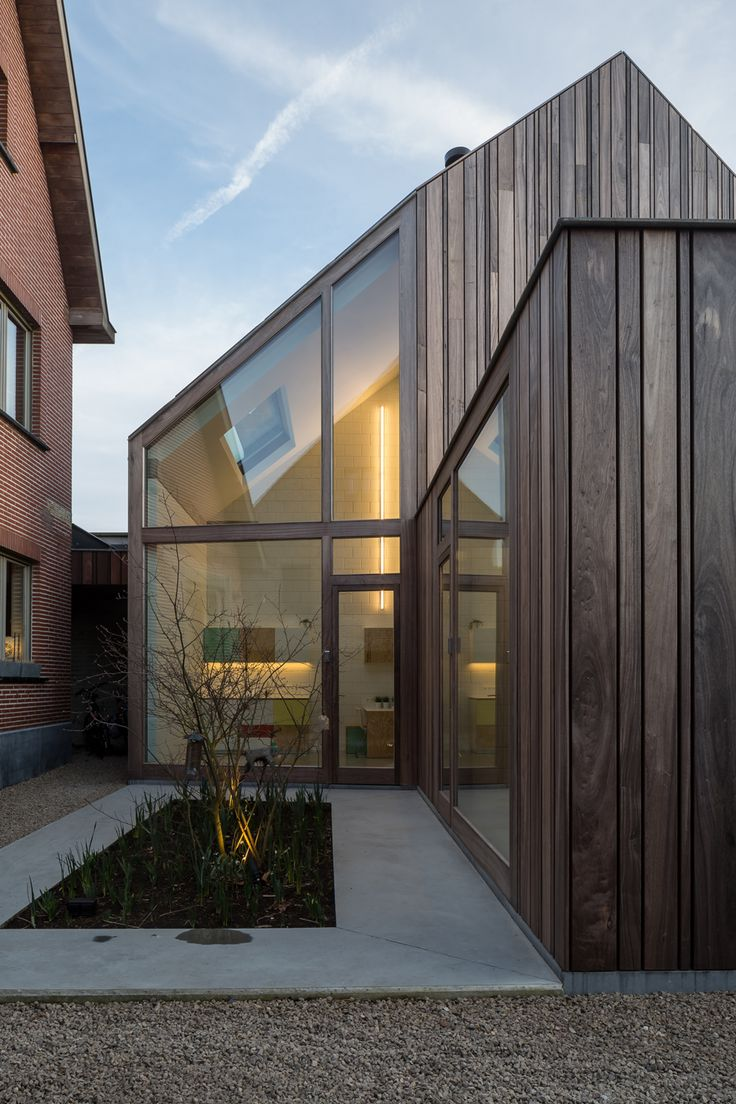 "Declerck-Daels Architecten used different varieties of timber and ""frivolous"" colours for this surgery in Bruges, in an attempt to make going to the dentist more bearable"