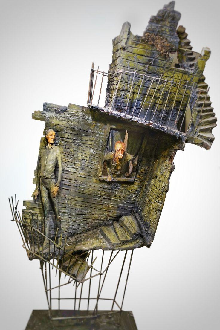 EKAV-ARTIST New Generation 4 sergisi: ÇAĞDAŞ ERÇELİK - Karamazov Kardeşler Karışık teknik, 180x120x60cm, 2014