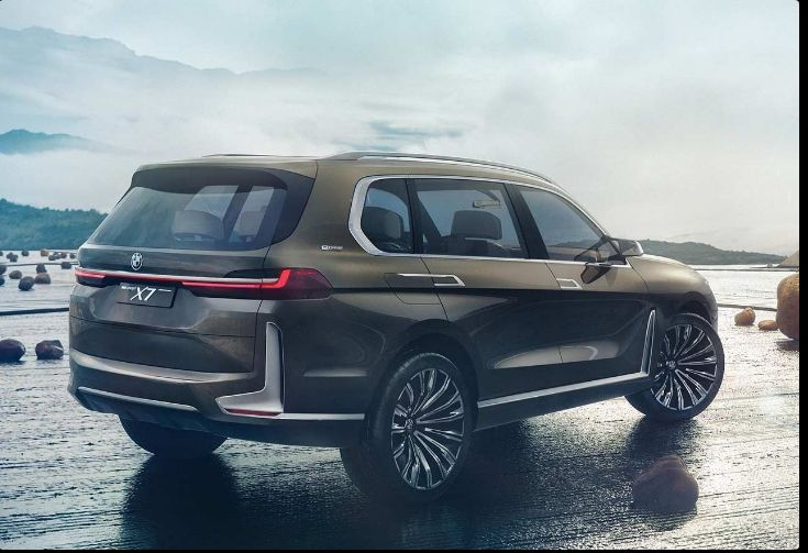 The 2018 BMW X7offers outstanding style and technology both inside and out. See interior & exterior photos. 2018 BMW X7New features complemented by a lower starting price and streamlined packages.The mid-size 2018 BMW X7offers a complete lineup with a wide variety of finishes and features, two conventional engines.